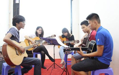 day-dan-guitar-quan-121