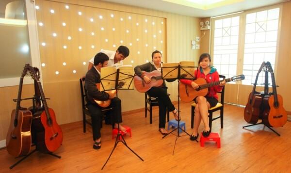 thien-phu-day-dan-guitar